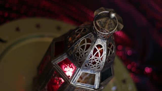 vídeos y material grabado en eventos de stock de linterna árabe - eid mubarak
