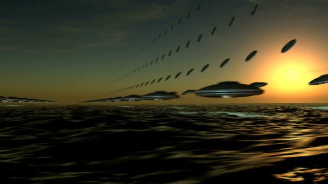 ufo アレイフライングを形成 - ソーサー点の映像素材/bロール