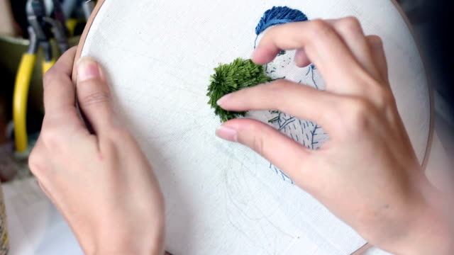 art and craft embroidery stichting of portrait lover video