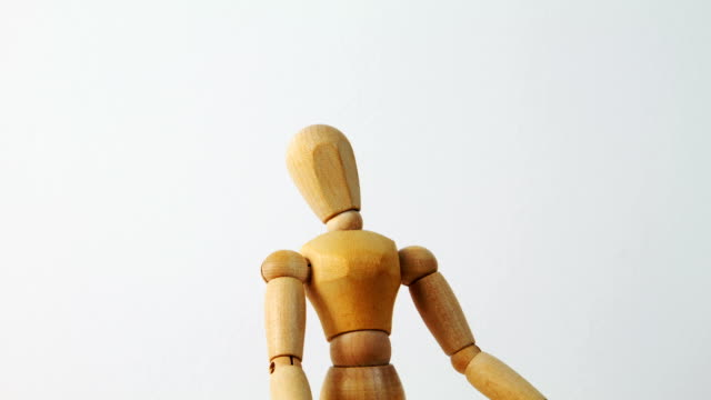 """Artist's Figure shows """"No"""" and """"Yes"""" Wooden dummy looks at copy spaces and shakes with had """"No"""" and """"Yes"""" marionette stock videos & royalty-free footage"""