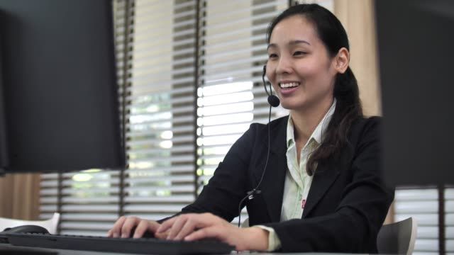 Asian Customer Support Working with Customer Asian Customer Support Working with Customer saleswoman stock videos & royalty-free footage