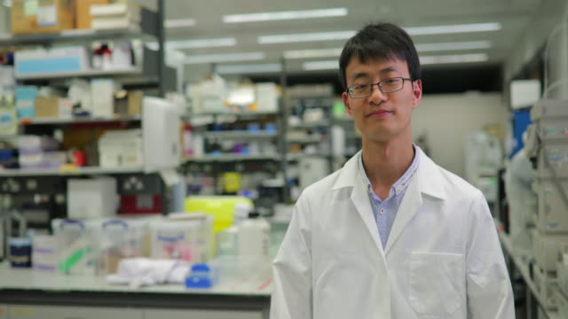 Asiatischen Medical Research Scientist – Video