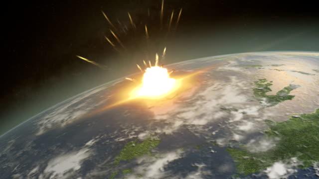 vídeos de stock e filmes b-roll de asteróide atingir a terra em um evento de extinção nível - dar murros