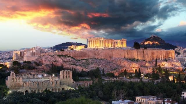 vídeos de stock, filmes e b-roll de atenas lapso de tempo-acropolis no por do sol, greece - atenas grécia