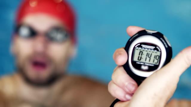 vidéos et rushes de athlète de l'eau - chrono sport
