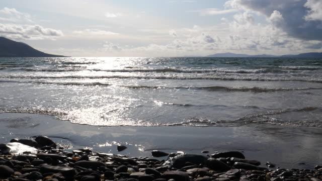Bидео Atlantic ocean beach in Ireland slow motion