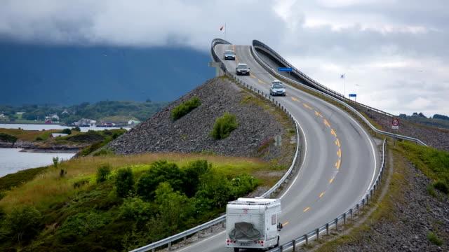 atlantic ocean road norway - oceano atlantico video stock e b–roll