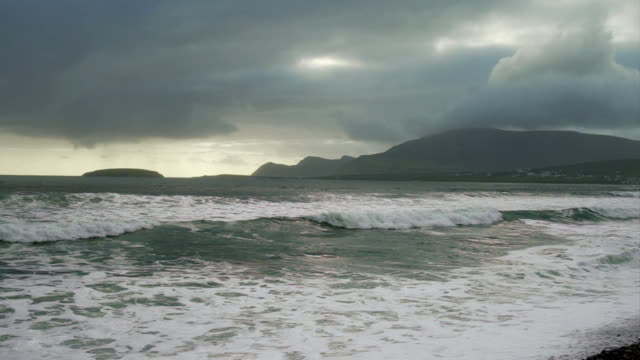 Atlantic Ocean Waves Rolling Onto Keel Beach In Ireland Stock Video
