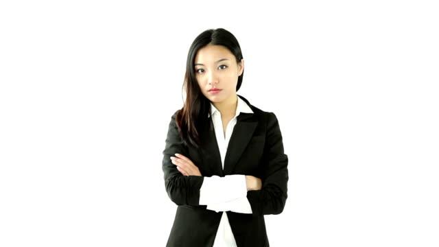 Attraente ragazza asiatica 20s isolato su bianco - video