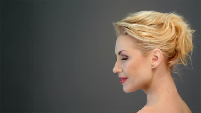 Attractive blonde casts a glance video