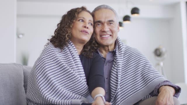 vídeos y material grabado en eventos de stock de pareja de ancianos atractiva disfrutando del tiempo juntos - memorial day weekend
