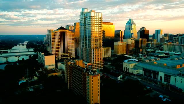austin texas perfect sunrise golden modern capital city - stolice filmów i materiałów b-roll