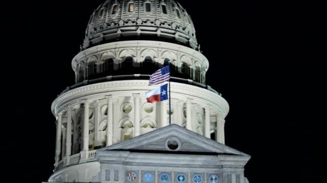 austin, tx: state capitol building - kapitell stock-videos und b-roll-filmmaterial