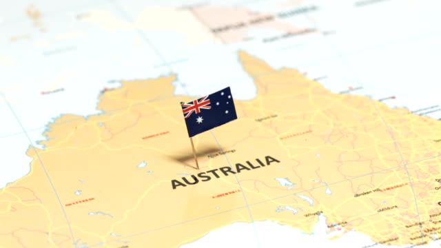 vídeos y material grabado en eventos de stock de australia con la bandera nacional - norte