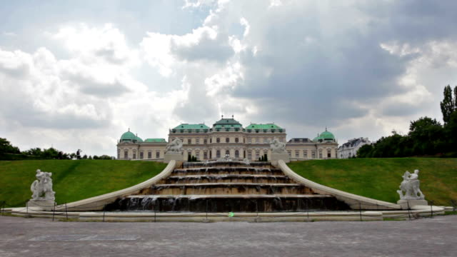 vídeos de stock, filmes e b-roll de áustria, viena, palácio de belvedere - áustria