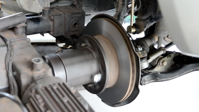 Auto machine grinding the brakes car video