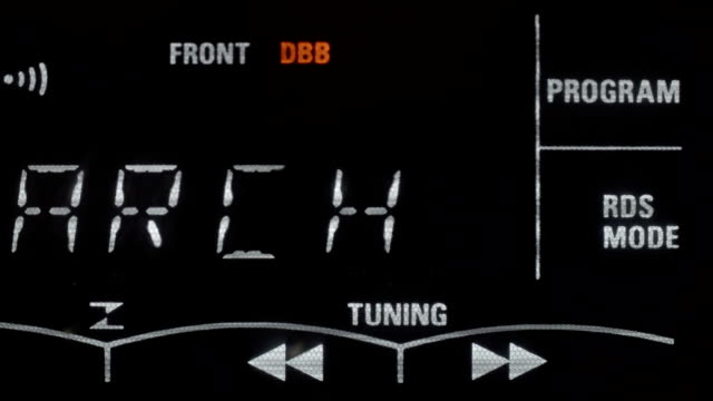 Auto tuning of the radio frequency video