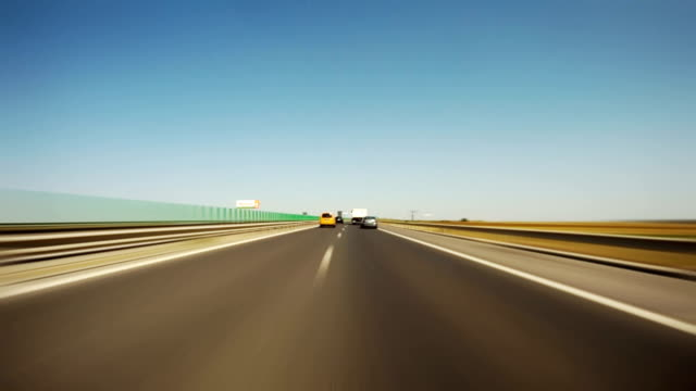 autobahn, guida pov, time lapse - autobahn video stock e b–roll