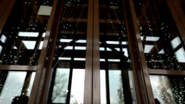 automatic door - вход стоковые видео и кадры b-roll