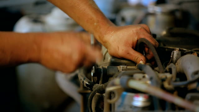 Automobile service. Wrench. video