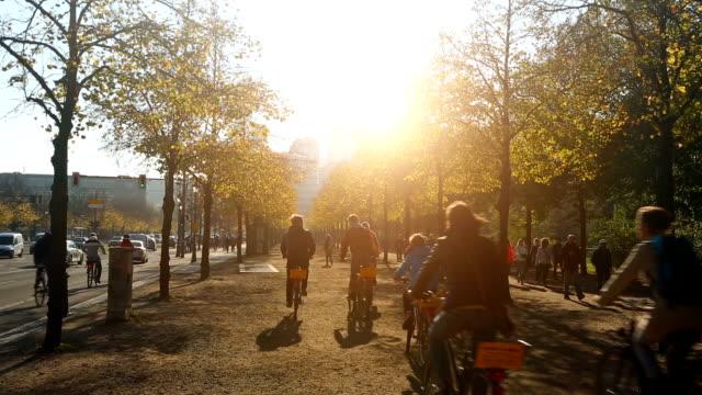 Herbst in Berlin in der Nähe des Potsdamer Platzes – Video