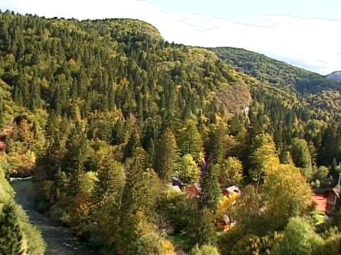 autumn in slovenia from air, bohinj - i̇badet yeri stok videoları ve detay görüntü çekimi