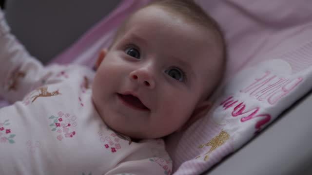 babys sind das größte geschenk der welt - baby stock-videos und b-roll-filmmaterial