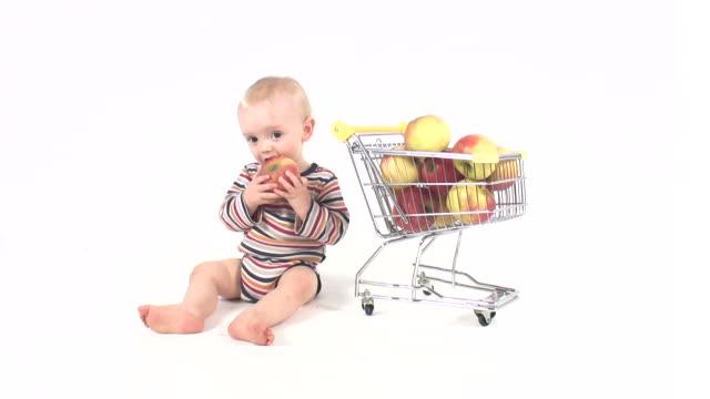 Baby boy healthy fruit nutrition video