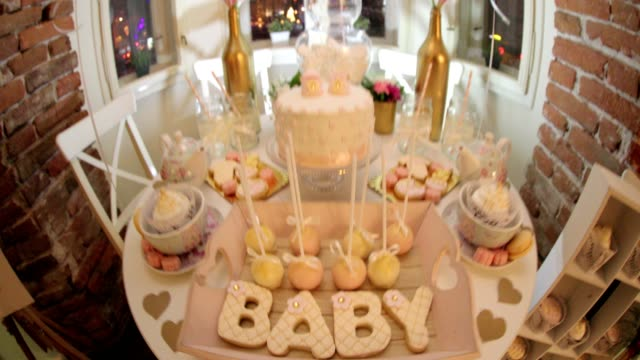 Baby shower sweets video