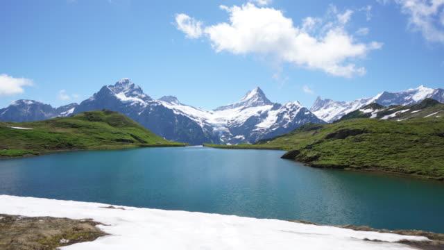 vídeos y material grabado en eventos de stock de suiza de grindelwald bachalpsee-primera - alpes europeos