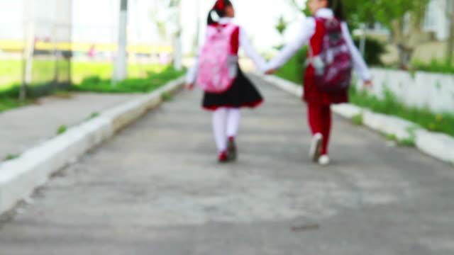 学校に戻る - 新学期点の映像素材/bロール