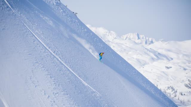 backcountry skiing - sci sci e snowboard video stock e b–roll