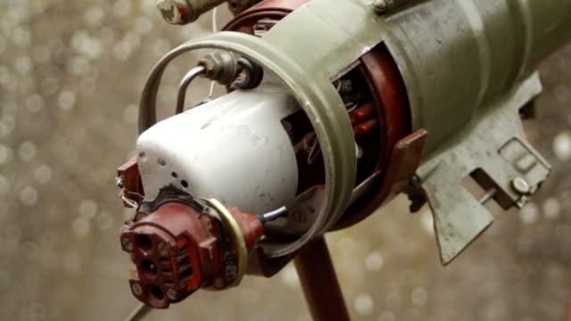 vídeos y material grabado en eventos de stock de parte trasera de la granada militar propulsada por cohetes - brigada