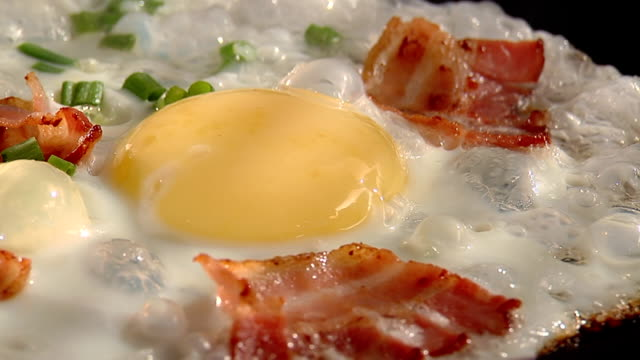 bacon and eggs 3 video