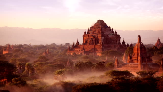 bagan temples day to night timelapse, myanmar (burma) - tempio video stock e b–roll