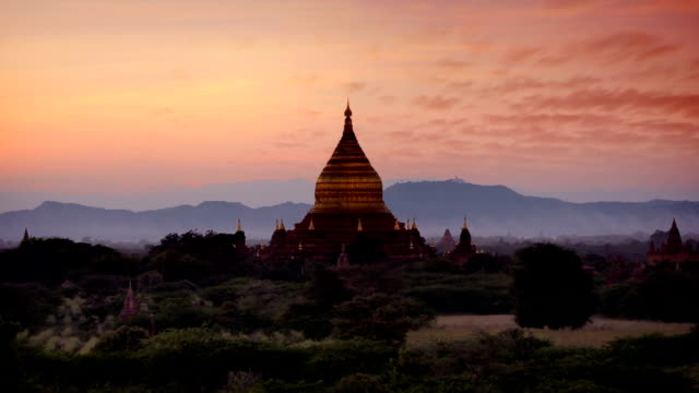 bagan temples day to night timelapse, myanmar (burma) - myanmar video stock e b–roll