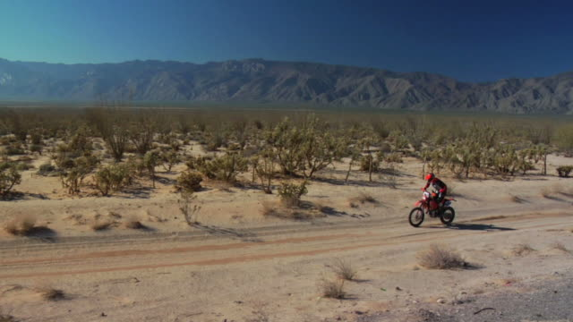 baja motocicletta - motocross video stock e b–roll