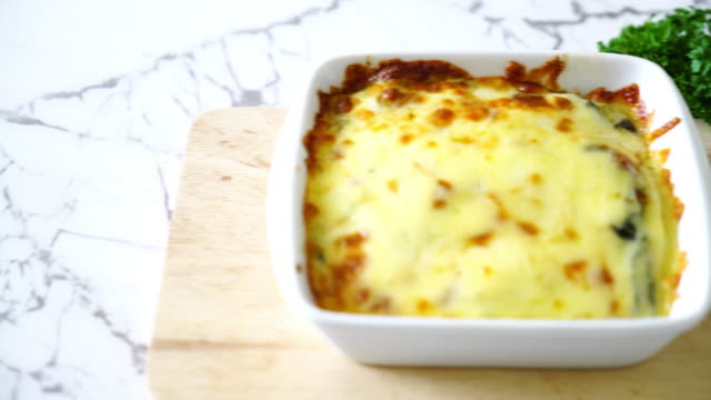 bake spinach with cheese video