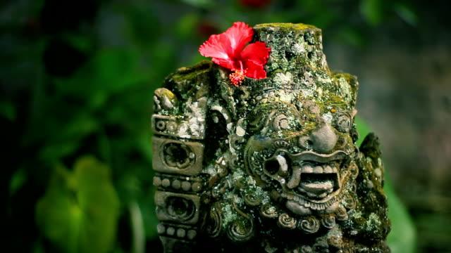 Bali sculpture video
