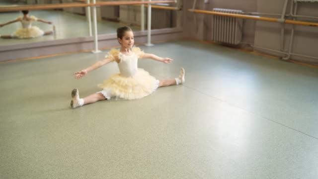 balett är min passion - balettstång bildbanksvideor och videomaterial från bakom kulisserna
