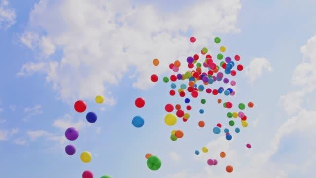 gökyüzüne uçan balonlar - balon stok videoları ve detay görüntü çekimi
