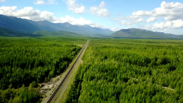 vídeos de stock e filmes b-roll de bam road to magadan in siberia. baikal-amur mainline. - irkutsk