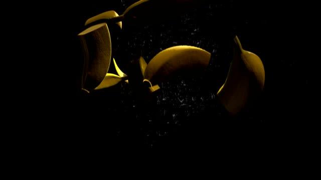 Bananes (ralenti) - Vidéo
