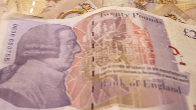 bank von england makro britische pfund notizen kreditkrise rezession - pfand stock-videos und b-roll-filmmaterial