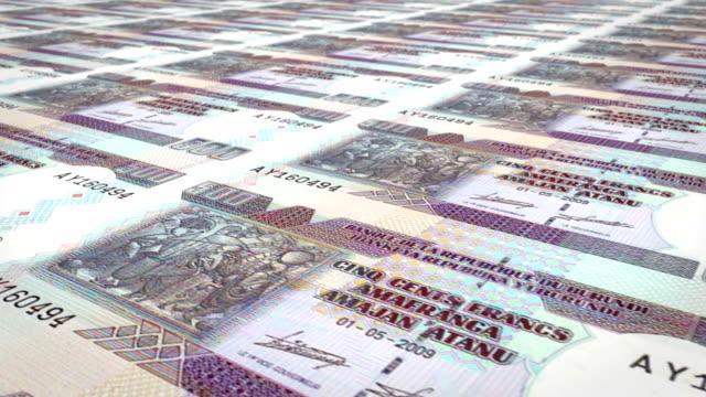 Banknotes of five hundred burundian francs of Burundi, cash money, loop video