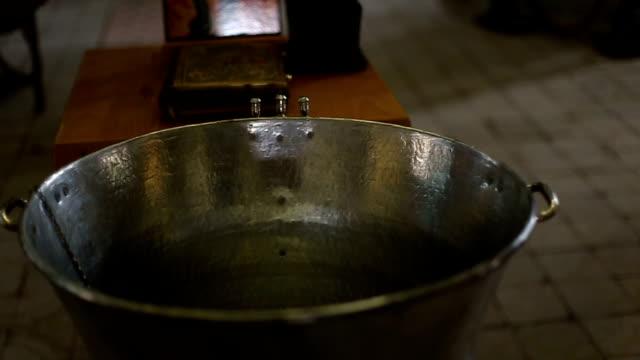 洗礼の場  - 洗礼点の映像素材/bロール