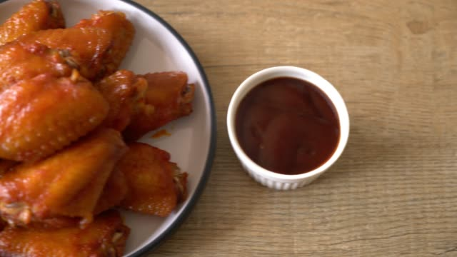 barbecue chicken wings video