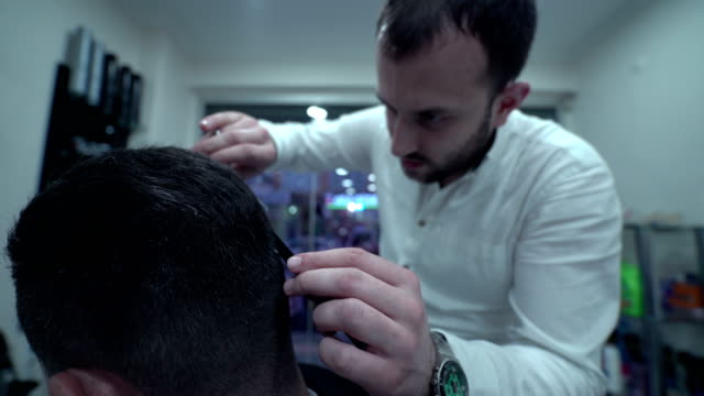 Barber in Turkey - 4K Resolution video