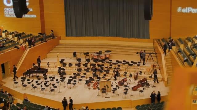 バルセロナ オーディトリ。パウ ・ カザルス ホール - オペラ点の映像素材/bロール