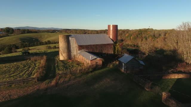 barns in rural america - stile del xix secolo video stock e b–roll